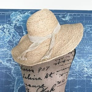 95ae5f7e8a9f7 Anthropologie Accessories - Anthropologie Costa Brava Sun Hat